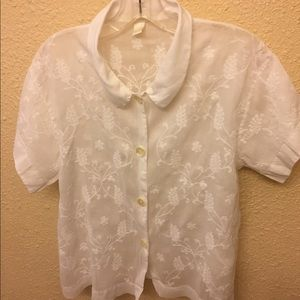 Whitewash embroidered white blouse